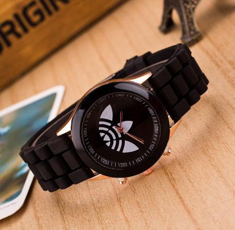 Модные спортивные кварцевые наручные часы