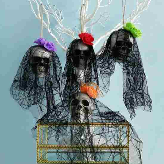 Подвесной череп Хеллоуин